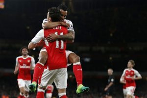 Arsenal Bungkam West Ham United 3-0