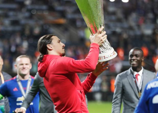 Mourinho Masih Tunggu Ibrahimovic
