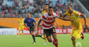 Liga Indonesia : Madura United Vs Sriwijaya FC 22 September 2017
