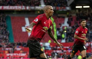 Ashley Young Ingin Perpanjang Terus Bersama United