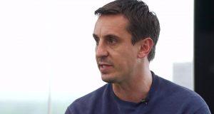 Neville : Solskjaer Harus Beli Dua Bek Baru